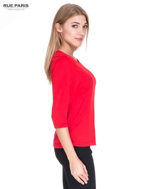 Czerwony klasyczny sweterek z luźnym rękawkiem 3/4                                  zdj.                                  3