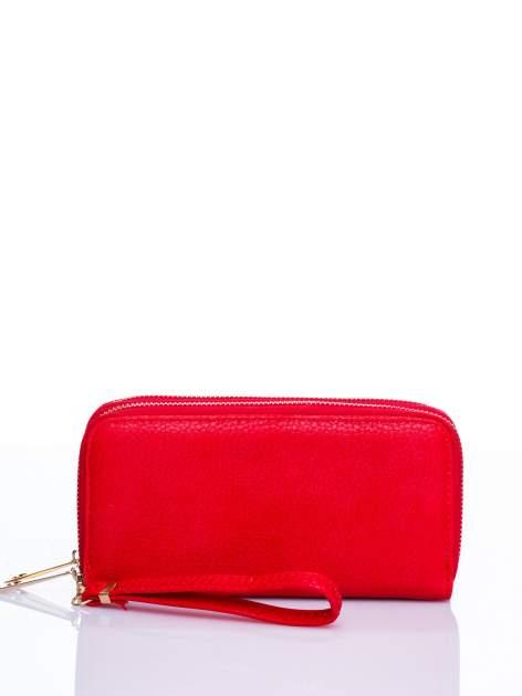 Czerwony matowy portfel z rączką                                  zdj.                                  1