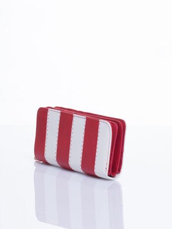 Czerwony portfel w paski                                  zdj.                                  2
