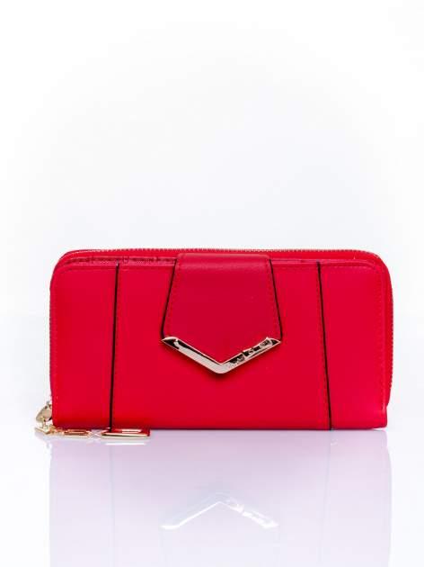 Czerwony portfel ze złoconą klamrą                                  zdj.                                  1