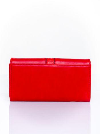 Czerwony portfel ze złotym zapięciem                                   zdj.                                  2