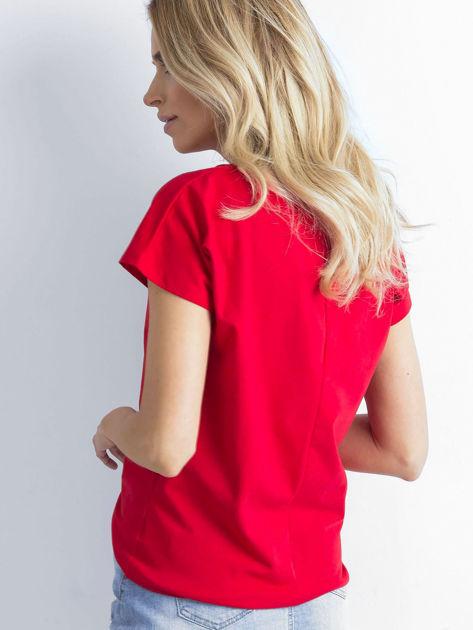 Czerwony t-shirt damski z bawełny                               zdj.                              2