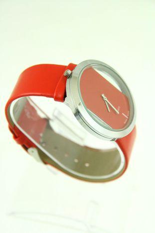 Czerwony zegarek damski na skórzanym pasku                                  zdj.                                  2