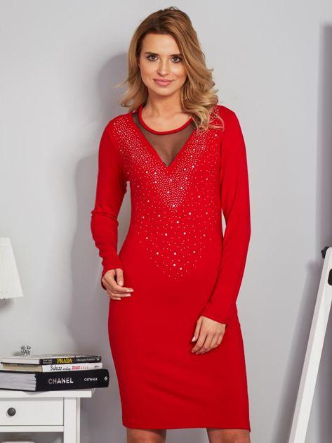 Dopasowana sukienka z ozdobnymi dżetami czerwona                                  zdj.                                  1