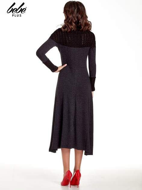 Dzianinowa sukienka maxi z warkoczowym golfem                                  zdj.                                  4