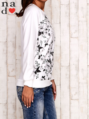 Ecru bluza z kwiatowym nadrukiem                                  zdj.                                  3