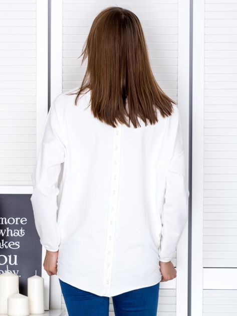 Ecru bluza z listwą z perełek                                  zdj.                                  2