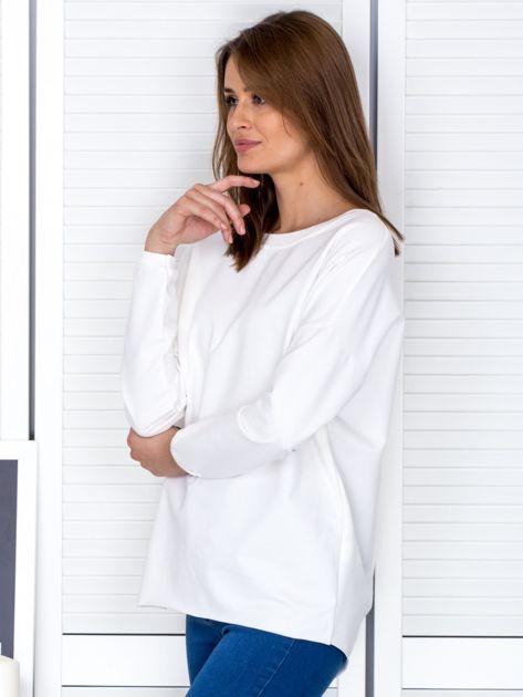 Ecru bluza z listwą z perełek                              zdj.                              3