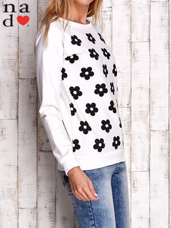 Ecru bluza z nadrukiem kwiatów                                  zdj.                                  3