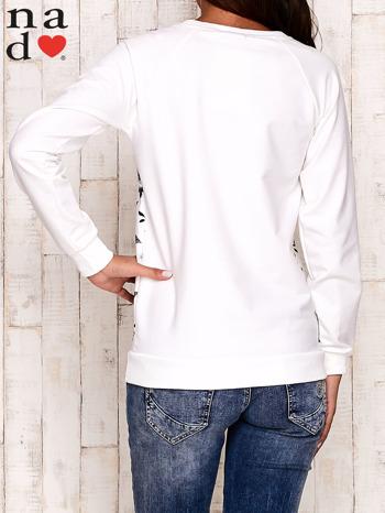 Ecru bluza z napisem BAD GIRL                                  zdj.                                  4