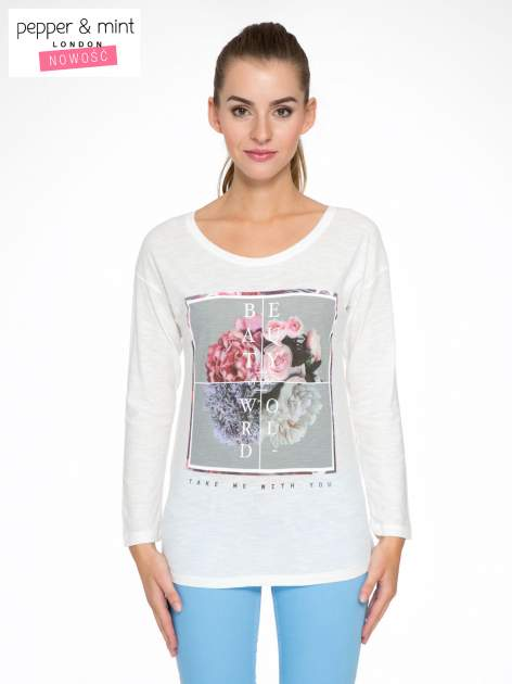 Ecru bluzka z nadrukiem kwiatów i napisem BEAUTY OF THE WORLD                                  zdj.                                  1