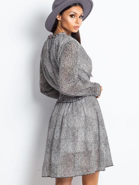 Ecru-brązowa sukienka w cętki                              zdj.                              2