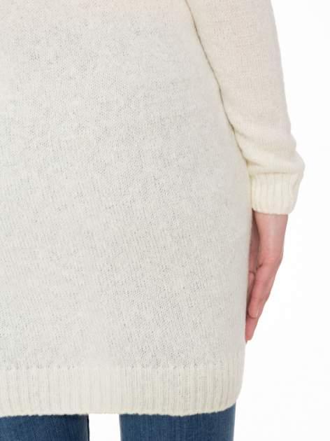 Ecru długi sweter z nadrukiem gwiazdy                                  zdj.                                  8