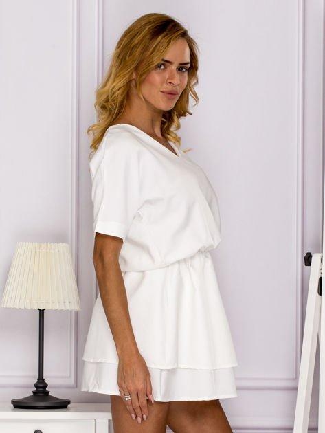 Ecru sukienka z gumką w pasie                                   zdj.                                  3