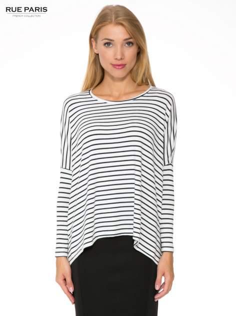 Ecru sweter w czarne paski o kroju oversize                                  zdj.                                  1