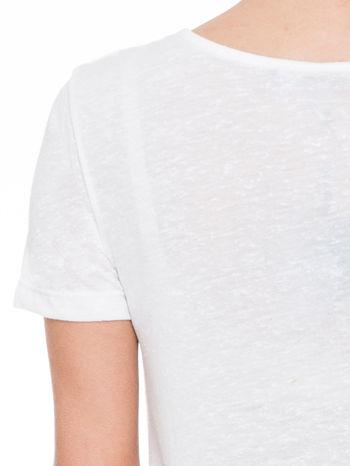 Ecru t-shirt z nadrukiem serca-drogi                                  zdj.                                  6