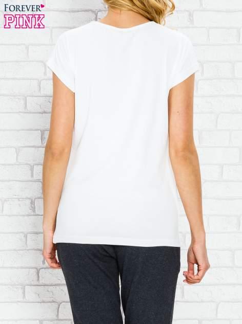 Ecru t-shirt z napisem PARIS BOUTIQUE z dżetami                                  zdj.                                  4