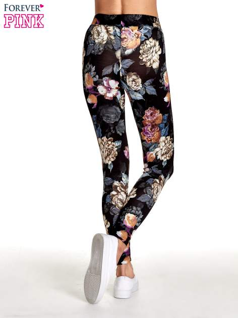 Elastyczne legginsy w kwiatowy wzór                                  zdj.                                  4
