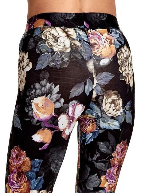 Elastyczne legginsy w kwiatowy wzór                                  zdj.                                  7