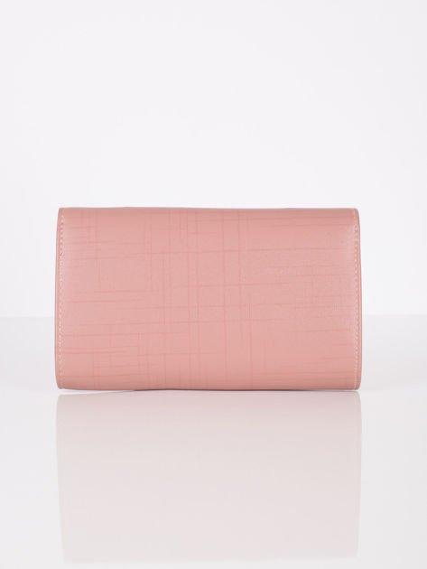 Elegancka kopertówka z ozdobnym zapięciem pudrowo różowa                              zdj.                              3