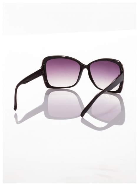 Eleganckie czarne okulary przeciwsłoneczne ze srebrnymi bokami                                  zdj.                                  3