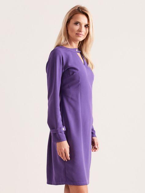 Fioletowa sukienka z wycięciem                               zdj.                              3