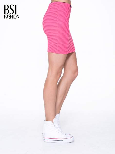 Fuksjowa prążkowana mini spódnica tuba z suwakami                                  zdj.                                  3