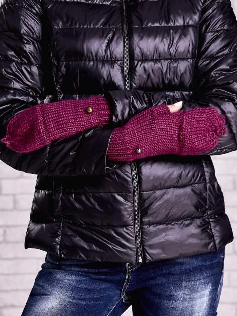 Fuksjowe rękawiczki bez palców z nakładaną górą na guzik                                  zdj.                                  4