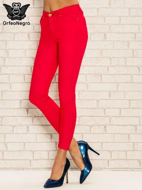 Fuksjowe spodnie rurki skinny z kieszeniami                                  zdj.                                  1