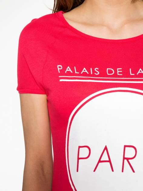 Fuksjowy t-shirt z nadrukiem PARIS                                  zdj.                                  5