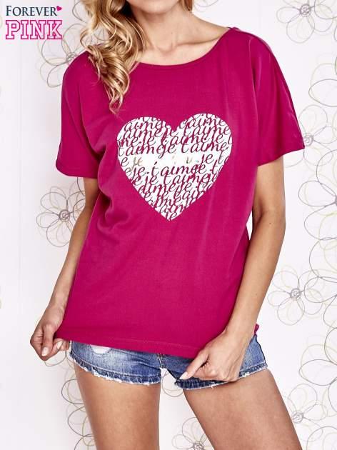 Fuksjowy t-shirt z napisem JE T'AIME i dekoltem na plecach
