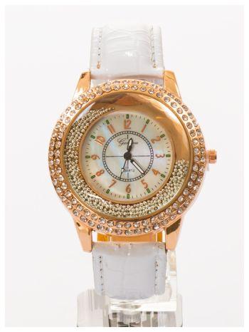 GENEVA Biały damski zegarek na pasku ze skóry lakierowanej                                  zdj.                                  2