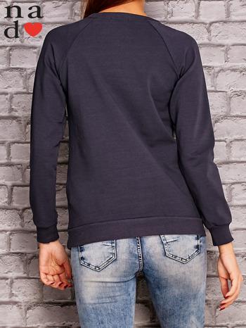 Grafitowa bluza z napisem NIC NIE MUSZĘ                                   zdj.                                  4