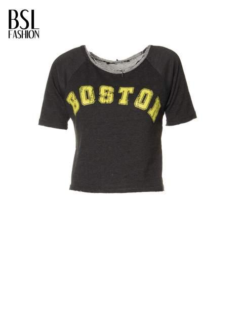 Grafitowa bluzka typu cropped z napisem BOSTON                                  zdj.                                  2
