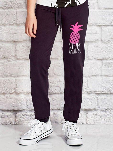 Grafitowe spodnie dresowe dla dziewczynki NIEZŁY ANANAS                              zdj.                              1