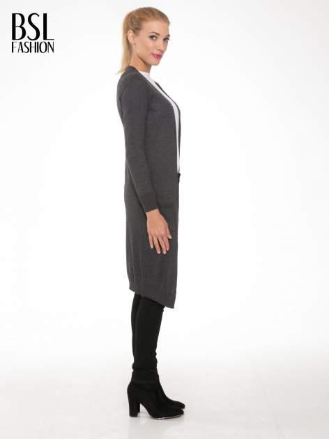 Grafitowy długi gładki sweter kardigan z kieszeniami                                  zdj.                                  2