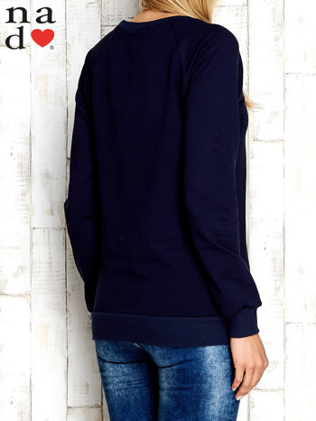Granatowa bluza z cekinowym kotem                                  zdj.                                  4