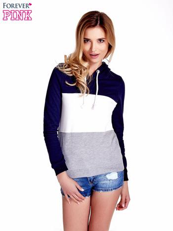 Granatowa bluza z kapturem z białym i szarym wykończeniem                                  zdj.                                  1