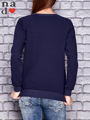 Granatowa bluza z napisem LOVE                                  zdj.                                  4