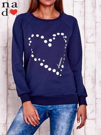 Granatowa bluza z wzorem serca                                  zdj.                                  1