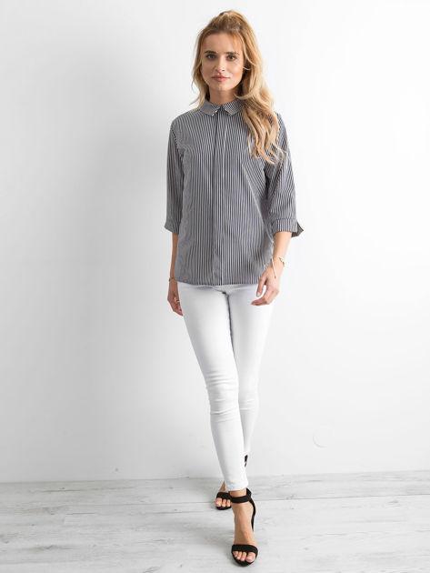 Granatowa bluzka w paski                              zdj.                              4