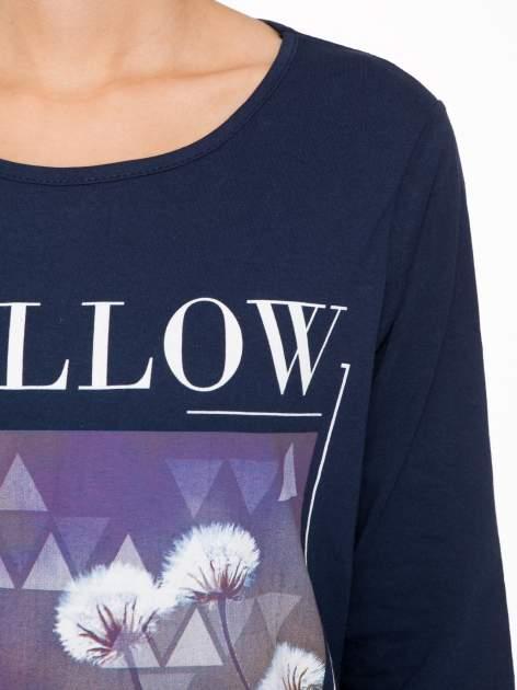 Granatowa bluzka z napisem FOLLOW YOUR DREAMS                                  zdj.                                  6