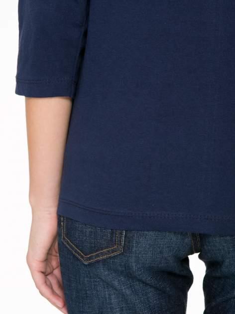 Granatowa bluzka z napisem FOLLOW YOUR DREAMS                                  zdj.                                  9