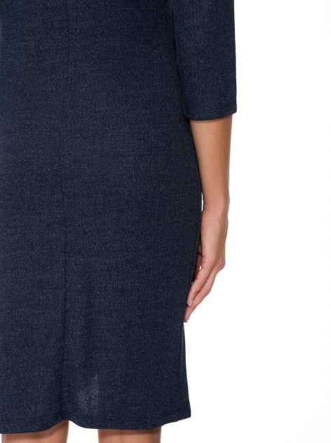 Granatowa dzianinowa sukienka z kopertowym dołem                                  zdj.                                  9