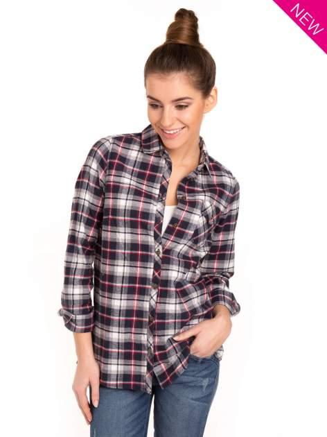 Granatowa koszula w kratę z kieszonką z przodu                                  zdj.                                  2
