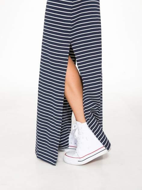 Granatowa prosta długa sukienka w paski z bawełny                                  zdj.                                  7