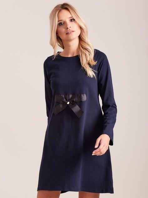 Granatowa sukienka bawełniana z kokardą                              zdj.                              1