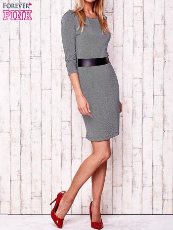 Granatowa sukienka z marszczeniem przy dekolcie i skórzaną wstawką                                  zdj.                                  2