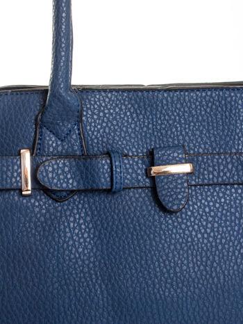 Granatowa torba z klamrami z odpinanym paskiem                                  zdj.                                  6