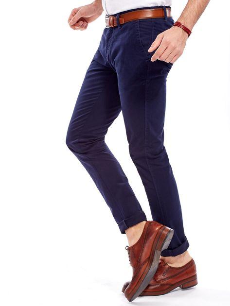 Granatowe bawełniane spodnie męskie chinosy                               zdj.                              9